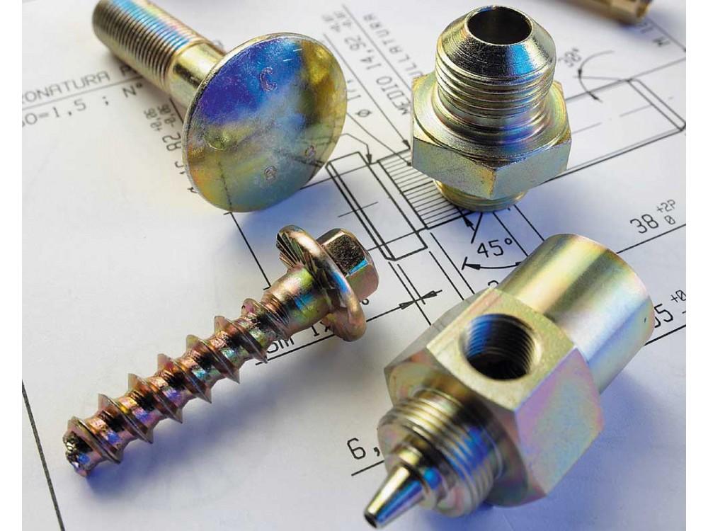 Particolari in ottone, alluminio, ferro e acciaio inox